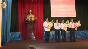 Huyện ủy Thanh Thủy gặp mặt các ban xây dựng Đảng, Văn phòng cấp ủy, MTTQ, các đoàn thể và trao tặng kỷ niệm chương