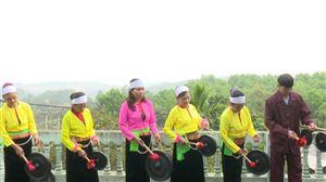 Nét đẹp văn hóa cồng chiêng của người Mường Tu Vũ trong ngày Tết