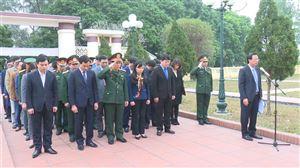 Đoàn đại biểu tỉnh Phú Thọ và huyện Thanh Thủy tổ chức dâng hương tại Nghĩa trang liệt sỹ Mặt trận Tu Vũ