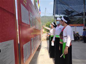 Cử tri huyện Thanh Thủy hăng hái tham gia bầu cử