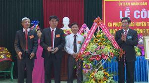 Xã Phượng Mao đón nhận danh hiệu xã đạt chuẩn nông thôn mới