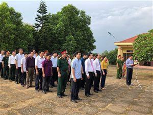 Thanh Thủy tổ chức dâng hương tưởng nhớ Chủ tịch Hồ Chí Minh tại nhà lưu niệm Bác Hồ, đồi Bạch Thạch xã Đào Xá