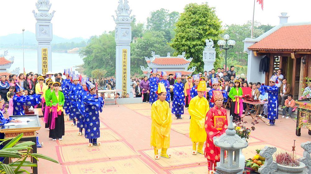 Thạch Đồng tổ chức lễ hội truyền thống Đền Quốc Tế