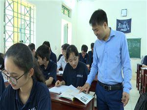 Thầy giáo Trần Huy - tấm gương người Bí thư Chi bộ mẫu mực thực hiện tốt Chỉ thị 05 của Bộ Chính trị