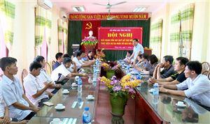 Hội Nông dân tỉnh Phú Thọ giải ngân vốn vay quỹ hỗ trợ nông dân thực hiện dự án nuôi bò lấy thịt tại Thanh Thủy