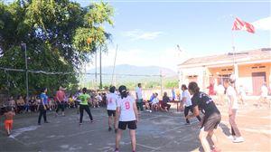 Hội người cao tuổi xã Yến Mao tổ chức giao lưu bóng chuyền hơi nhân kỷ niệm 78 năm Ngày truyền thống Người cao tuổi Việt Nam