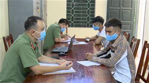 Công an huyện Thanh Thuỷ xử phạt 2 công dân xuất nhập cảnh trái phép sang Trung Quốc