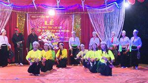 Khu 3 xã Phượng Mao ra mắt Câu lạc bộ bảo tồn Di sản xăn hóa Mường