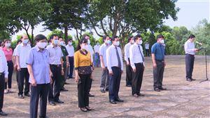 Dâng hương kỷ niệm 131 năm ngày sinh Chủ tịch Hồ Chí Minh tại Đào Xá