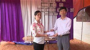 UB MTTQ huyện Thanh Thủy bàn giao 2 nhà Đại đoàn kết tại xã Thạch Đồng