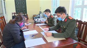 Công an huyện Thanh Thuỷ xử phạt công dân xuất nhập cảnh trái phép sang Trung Quốc