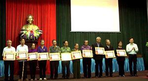 Trao tặng Huân chương Lao động của Chủ tịch nước Cộng hòa DCND Lào cho cựu cán bộ, chiến sĩ Đội TNXP 253