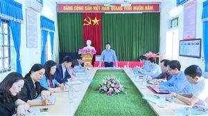 HĐND huyện Thanh Thủy giám sát việc thực hiện chương trình giáo dục tại xã Xuân  Lộc