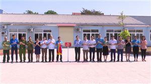Gắn biển công trình chào mừng Đại hội Đảng bộ huyện Thanh Thủy lần thứ XXVI