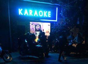 Thanh Thủy: xử phạt cơ sở kinh doanh karaoke 10 triệu đồng vì tập trung đông người