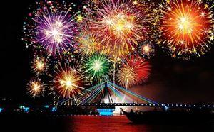Thanh Thủy: bắn pháo hoa chào mừng kỷ niệm 186 năm thành lập và 20 năm Ngày tái lập huyện