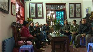 Cử tri huyện Thanh Thủy theo dõi kỳ họp thứ năm, HĐND tỉnh khóa XVIII