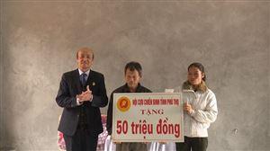 Hội Cựu chiến binh huyện Thanh Thủy bàn giao nhà tình nghĩa cho hội viên Lê Quý Ba khu 13 xã Đào Xá
