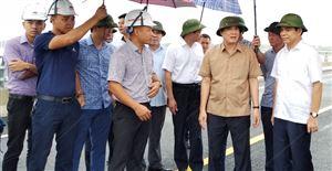 Khẩn trương đưa cầu Việt Trì – Ba Vì vào sử dụng nhân dịp Quốc Khánh 2-9