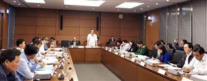 Quốc hội thảo luận tại tổ về thực hiện nhiệm vụ phát triển kinh tế - xã hội, ngân sách Nhà nước