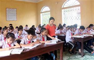 Thanh Thủy phát triển đội ngũ cán bộ quản lý, nhà giáo đáp ứng yêu cầu đổi mới giáo dục và đào tạo