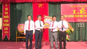 Chùm ảnh khai giảng năm học 2018 -2019 tại huyện Thanh Thủy